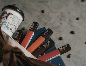 Oct 27, 2020Hayoo siapa yang gabisa lepas dari lipcream dan kopi?Wajib cobain produk terbaru @maybelline x @kopijanjijiwa 👌🏻.Lip swatchesnya di blog aja kali yaa 😆 soon !.#SuperstayCoffeeLaunch #MaybellinexJanjiJiwa #CoffeeOnYourLips #MaybellineIndonesia