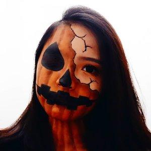 Oct 31, 2019Happy Halloween !I wanna be a pumpkin this Halloween 💋Jack O Lantern inspired make upBtw aku bikin ini tanpa face paint loh 🤣#clozette #clozetteID #beautiesquad #setterspace #beautybloggerindonesia #beautybloggerid #bloggerceriaid #bloggerceria  #bloggermafia #beautynesiamemberblogger #charisceleb #beautygoersid #bloggerperempuan #sociollabloggernetwork #vsco #vscocam #halloween #halloweenmakeup