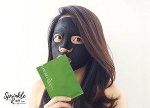 """Aug 4, 2018Happy weekend ! Saatnya me-time 💆.Btw, Kalian pilih sheet mask atau wash off mask ? Kenapa ? Tell me on the comment below ! ❤️❤️.Btw, aku udah review 4 produk dari @naruko.indonesia di blog ku #sprinkleofraindotcom, don't forget to check ya (link on my bio)! Apalagi buat kalian yang sering nanya gimana cara ngilangin jerawat atau mudarin bekas jerawat.Btw, jangan tanya aku gimana caranya mudarin bekas jerawat secara """"cepet"""", semua skincare butuh proses, bukan ketok magic yak 👌.#naruko #teatree #clozette #clozetteID #beautiesquad #setterspace #beautybloggerid #bloggerceriaid #bloggerceria #kbbvmember #bloggermafia #beautynesiamemberblogger #beautygoersid #bloggerperempuan #sociollabloggernetwork #vsco #vscocam"""