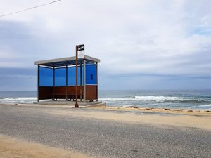 . BTS Bus Stop yang menjadi cover di album mereka terletak di pantai Jumunjin yang ada di Gangneung. Untuk menuju kesana diperlukan waktu sekitar 3 jam dari Seoul dengan menaiki kereta lalu lanjut naik bus sambil dengerin 1 album YNWA, favorit ku Spring Day 💕🌸 . Where : 8-54, Hyangho-ri, Jumunjin-eup, Gangneung-si, Gangwon-do . #timetravel #spring #gangneung #visitseoul #jumunjinbeach #bts #akudankorea #kekoreaaja #ktoid #wowkoreasupporters #springinkorea #workwithhappy #playwithhappy #neverstopplaying #dearbeautylove #clozetteid #zilingoid #foodies #foodporn #foodphotography #foodgasm #loveyourself #speakyourself #neverafraid #changedestiny #daretobedifferent #ajourneytowonderland #like4like #april #2020