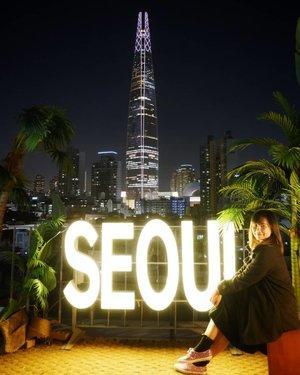 .I 💜 UI Seoul UHopefully I found U.#timetravel #wheninseoul #iseoulu #seoulism #lottetower #ktoid #autumn #youdeservetobehappy #workwithhappy #playwithhappy #neverstopplaying #dearbeautylove #clozetteid #zilingoid #neverafraid #changedestiny #daretobedifferent #borntolead #ajourneytowonderland #october #2019