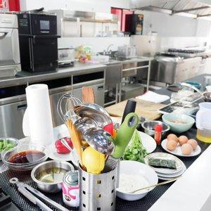. Cooking situation ~ . #timetravel #youdeservetobehappy #hwclub #uobladiescard #workwithhappy #playwithhappy #neverstopplaying #dearbeautylove #clozetteid #zilingoid #foodies #foodporn #foodphotography #foodgasm #neverafraid #changedestiny #daretobedifferent #borntolead #ajourneytowonderland #like4like #august #2019