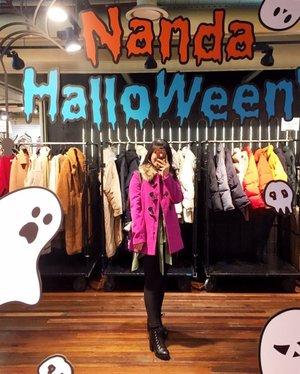Clothes make a statment, costumes tell a story,- . #timetravel #wheninkorea #seoul #stylenanda #akudankorea #kekoreaaja #iseoulu #autumn #fallinkorea #youdeservetobehappy #holiday #shortescape #travelmatestories #workwithhappy #playwithhappy #neverstopplaying #dearbeautylove #clozetteid #zilingoid #lookbookindonesia #ootd #popbelaootd #changedestiny #daretobedifferent #borntolead #ajourneytowonderland #like4like #october #2018