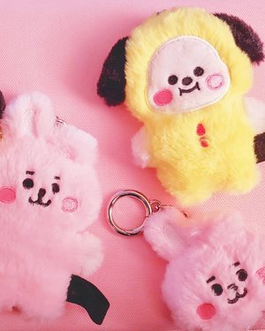 .That place is probably Mi CasaWith you I'mma feel rich.#timetravel #bt21 #bt21universe #cooky #chimmy #home #mapofthesoul #btsarmy #youdeservetobehappy #workwithhappy #playwithhappy #neverstopplaying #dearbeautylove #clozetteid #zilingoid #neverafraid #changedestiny #loveyourself #speakyourself #daretobedifferent #borntolead #ajourneytowonderland #december #2019