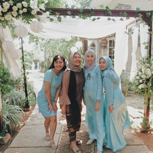 Bridesmaids on duty #ClozetteID