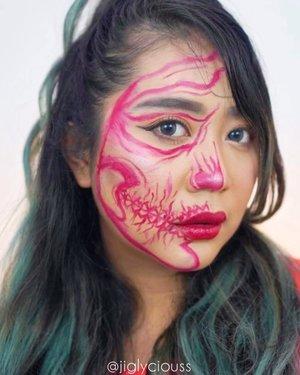 #stupidchallenge gak pake face paint.. pake lipcream aja.. inspo : @renatasantti  edited by @napitpoldo 🎼 : STUPID by Ashnikko feat Yung baby Tate #makeupart  #tiktokmakeup #tiktok #oshitchallenge #bananachallenge #tiktokindonesia #clozetteid #indobeautygram #indobeautysquad #jiglyciouss #skullmakeup #tiktokindonesia