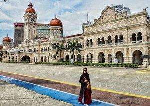 waktu itu di malaysia, disalah satu lokasi yang sering dikunjungi wisatawan. .next trip yuk ah.. kemana lagi yg asoy?? 😃...#malaysia #roundtheworld #rajukeliling #ceritaraju #clozetteid #vocation