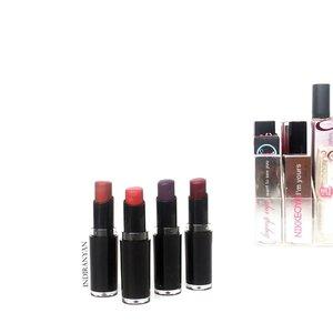 Selama bulan ramadhan aku sangat menghindari penggunaan lipstick matte karena cenderung menyebabkan bibir kering  Btw, buat yang suka hoarding lipstick daripada serakah mending dibagi-bagi aja. Mubazir kan kalau cuma buat pajangan aja gak dipakai 😉  In picture : Wet n Wild Megalast Lipstick (from left to right) ・Mochalicious ・(lupa shade apa, ntar di update 😅) ・Vamp It Up ・Cherry Bomb  #BEARBRAND #1kalengsaatsahur ー #clozetteid #IndirAds #instalipstick . . . . . . . . . . . . . #오늘 #인스타그램 #블로거 #2017년  #데일리 #셀카 #셀피 #일상 #선팔 #맞팔 #맞팔해요 #소통 #팔로우 #좋아요 #인친 #l4l