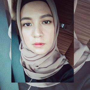 Feeling unwell & uneasy 🤕....#ClozetteID  #personalblogger #personalblog #indonesianblogger #lifestyleblog #Hijab #likeforlikes