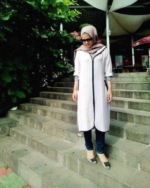 Satur[yay]#myweekend #ootd #hotd #hijabfeature_2015 #clozetteid #hijabfeature_2015