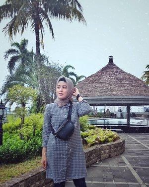 Dapet cuti khitanan anak 2 Hari, lumayan banget liburan jadi nambah, bisa istirahat full setelah seharian kemarin open house 😅😅🤪🤪....#bachtiarsholiday #hk2018 #ClozetteID #personalblogger #personalblog #indonesianblogger #lifestyleblog #Hijab #likeforlikes