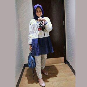 It's free & easy day, just wear easy, breezy dress.  Dress from @houseof_olv . . . . . . . . .. . #clozetteid #Blogger #indonesianblogger #beautyenthusiast #FashionEntusiast #BeautyLovers #FashionLovers #LifeStyleBlogger #beautyblogger #indonesianbeautyblogger #indonesianfemaleblogger #femaleblogger #indobeautyblogger #cgstreetstyle #ootd #outfitoftheday #streetstyle #fashionaddict #streetfashion #dailyfashion #womanfashion #fashionable #instafashon #like4like