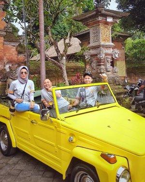 Jalan jalan pake VW Safari .....#ClozetteID #ShoxSquad #personalblogger #personalblog #indonesianblogger #lifestyleblog #Hijab #likeforlikes