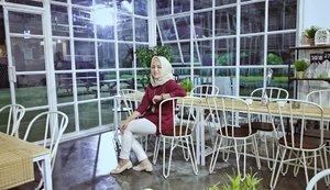 🎵🎶 ..Kulihat ibu pertiwiSedang bersusah hatiAir matamu berlinangMas intanmu terkenangHutan gunung sawah lautanSimpanan kekayaanKini ibu sedang susahMerintih dan berdoa..🎵🎶#PrayForPalu .....#ClozetteID #Hijabootd #personalblogger #personalblog #IndonesianBlogger #lifestyleblog #Lifestyle #likeforlikes