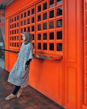 Think Orange 🍊...#ClozetteID #ShoxSquad #likeforlikes