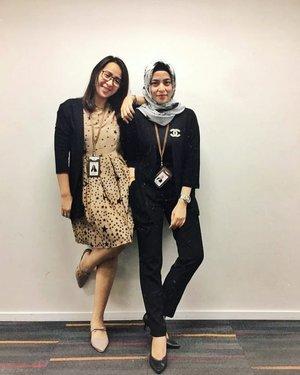 Outer ya mesti samaan banget nih @puspaanggraini22 😅😅 Samaan juga beli Di @stockbranded.id . . . .#ClozetteID #ShoxSquad  #personalblogger #personalblog #indonesianblogger #lifestyleblog #Hijab