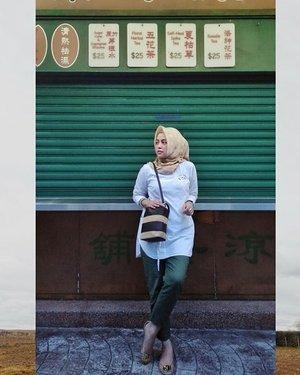 Old HongKong . . . . #ClozetteID #shortgateway #gateway #holiday #familyholiday #personalblogger #personalblog #IndonesianBlogger #lifestyleblog #Hijab #Hijabootd #likeforlikes