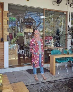 Sunday in Bali ....#ClozetteID #ShoxSquad #personalblogger #personalblog #indonesianblogger #lifestyleblog #Hijab #likeforlikes