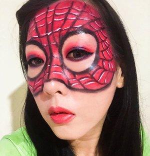 """hiii ini adalah my third submission Halloween makeup versi aku untuk join ke acaranya Beauty Hackaton nya @nyxcosmetics_indonesia & @heidianatjahjadi  @mmurwanti  @blekribe . . Aku makeup dengan tema """"Spiderman"""" karena aku suka superheroes terutama Spiderman 😍😍 Walaupun masih agak kacau dan kurang rapih semogaaa berkesempatan y bisa ikutan acara ini Wish me luck y guys . . #beautyhackathonlorealid  #NYXCosmeticsID #botbNYX #halloweenmakeup #halloweenmakeupidea #clozetteid  #spidermanmakeup"""