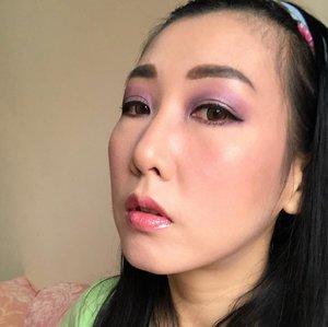 "deets :✨eyebrow @viva.cosmetics - pencil ""dark brown""@faceshopstoreid -pencil ""dark brown"" ✨eyeshadow @nyxcosmetics_indonesia Jumbo eye pencil ""Yogurt""@nyxcosmetics_indonesia ""waiting for tonight"" pallete@officialtonymoly ""triple dome eyeshadow""- 12 Glam Violet@getthelookid ""luminous"" color riche les ombre ✨mascara@maybelline ""the hypercurl volum express"" & the hypercurl volum express cat eyes"" ✨blush on@bourjois_id - ""Rose d'or 34""✨lipgloss@bourjois_id - Effect 3D Lipgloss ""Rose Romantic""✨Brush & Beauty Blender@realtechniques_id & @masamishouko✨ Softlens@japansoftlens - Lunatia Brown📸 iphone X main camera#makeuplook #eyemakeup #clozetteid @clozetteid"
