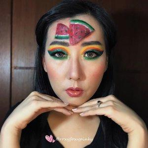 "Look ini sudah lama waktu itu bikin pas ada project dengan @lumier.official tapi sekalian aja di post y. Soalnya look ini ku suka banget 😍😍Jangan lupa di slide u/ liat detailnya ❤️.All using Eyeshadow no face painting ❤️@beautyglazed ""Color Studio & Neptune""@nyxcosmetics_indonesia Jumbo Pencil - White sebagai base & garis2 putih di gambar semangkanya..Lipcream @raikubeauty Glitter - China Brand (ga tau merk apa) @handaiyan.cosmetics & @focallurebeauty .Eyeliner @silkygirl_id Soflens @japansoftlens ""Lunatia Grey"".Complexion @revlonidEyebrow @lakmemakeup Eyelash @loreca.lashes ""Blossom""Brush @jacquelle_official @aerisbeaute @realtechniques_id.#artmakeup #makeupart #makeupoftheday #undiscoveredmuas #undiscovered_muas #beautybloggerindonesia #indobeautygram #indobeautysquad #tampilcantik #makeupideas #lemonsquad #100haringontenwithibc #artmakeupid @artmakeup_id #beautycreatorcommunity #clozetteid @clozetteid"