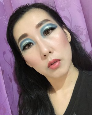 "deets : 💫Base : @thefaceshopid Face IT Power Perfection BB Cream ""Natural Beige� @pigeon_teens_indonesia Squalene Face Powder Translucent ✨eyebrow  @viva.cosmetics - pencil ""dark brown� @faceshopstoreid -pencil ""grey brown� ✨eyeshadow  @nyxcosmetics_indonesia Jumbo eye pencil ""Milk� @nyxcosmetics_indonesia ""waiting for tonight� pallete Professional Body Art - face and body painting kit @bourjois_id - Countour Clubbing Waterproof ""Blue Remix� & ""Loving Green� @getthelookid - L'oreal Color Riche Les Ombre ""Luminous Bale d'Emeraudes P3� ✨mascara @maybelline ""the hypercurl volum express� & the hypercurl volum express cat eyes� ✨eyeliner @mizzucosmetics Perfect Wear Eyeliner Pen ""Black� @kaycollection @kojidollywink.id - Dolly Wink Liquid Eyeliner III ""Black� ✨blush on, contour & highlight @bourjois_id - Little Round Pot Blusher ""Rose d'or�, ""Peach Bloom� & ""Santal� ✨lipgloss & Lipstick @bourjois_id - Effect 3D Lipgloss ""Rose Romantic� @bourjois_id - Color Boost ""Orange Punch� ✨Brush & Beauty Blender @realtechniques_id, @jacquelle_official & @masamishouko ✨ Softlens @japansoftlens - Lunatia Brown 📸 iphone X main camera  #makeuplook #eyemakeup #makeupideas #tampilcantik #beautybloggerindonesia #beginnermakeup #makeupbeginner #beautyentusiast #wakeupandmakeup #bunnyneedsmakeup #motd #beautiesquad #bloggirlsid #clozetteid @clozetteid @beautyranger.id @beautybloggerindonesia @bloggirls.id @bunnyneedsmakeup"
