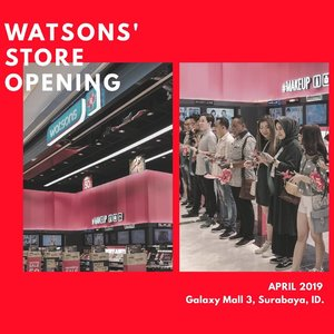 "WHAT'S NEW: @watsonsindonesia 109th Store is now OPEN at the new, hip & happening Galaxy Mall 3 💖💄✨ーーSwipe untuk lihat interior @watsonsindonesia yang kece dan what's my pick during the visit 🛍️ Untuk ngerayain pembukaan toko ke-109 ini, @watsonsindonesia bagi-bagi FREE MEMBERSHIP selama 3 hari aja, plus dapat VOUCHER dengan total value 250K! ✨Promo pemilu juga masih ada lho, seperti SPECIAL PRICE 17K dan 170K, atau ada juga diskon khusus 17%! Buat kalian yang hobi belanja online, ada tambahan DISKON 17K untuk min. belanja 170K dengan kode ""WATSONSVOTE17"" pada halaman check out 💯👌🏻ーー#NewWatsonsStore #WatsonsID #LookGood#GetActive #FeelGreat #AyoBelanjaWatsonsHariIni #WatsonsOnline#galaxymall #galaxymall3#clozetteid #sbybeautyblogger #surabayabeautyblogger #beautybloggers #beautyinfluencer #eventsurabaya"
