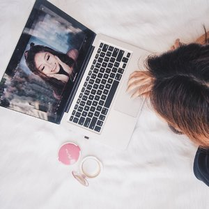 Having a talk about passion always got me excited ✍🏼 Cause that is actually what keeps me going 🚶🏻♀️ Five years ago, I didn't have any idea who I really am, what I truly want to do in life, what my passion is 🤔 Yet, right this second, at least, I can introduce myself as a beauty blogger or content creator (creating videos on Youtube) 🖥Being a beauty content creators is surely not easy ✋🏻 It takes time, effort, sacrifices, also your willingness to learn more and more 🤓I started to be a beauty content creator by joining a competition two years ago 👉🏻 Although I didn't win the competition and stood only at semi finale, I continue the path by being consistent to make content on the blog also on my Youtube channel ✌🏻These two years is so super wonderful and amazing! 🎈 I got to meet new friends, new opportunities, new challenges, working together with brands I never thought before 🙈 It makes me go out of my comfort zone; it triggers me to be a better version of myself 🐥The road was never been easy 🛣 And yes, that small fire-so called passion-is what keeps me going through ups and downs 👣There are still so many check points I haven't reached yet 🔘 There are things I haven't explored yet 👀 I'm so ready to meet another greater chance to inspire other women out there, cause yes, empowered women empower women 😉_#MarinaBeautyJourney #MarinaXClozetteID #ClozetteID #SaatnyaBersinar