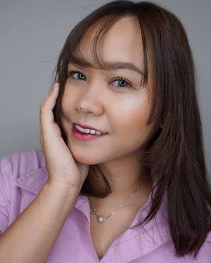 🍃[AFTER - BEFORE]Kalian berani ga share foto After-Before kalian di Instagram? Pasti berani dong ya!Disini aku pake makeup yang bisa dipake sehari-hari. Baik ke kampus, kerja atau sekedar hang out!Tutorialnya akan ku upload soon ya!--#ragamkecantikan #tampilcantik #beautybloggerindonesia #beautybloggers #beautygoersid #beautiesquad #naturalmakeup #clozetteid #koreanmakeup #makeupindonesia #makeupkampus