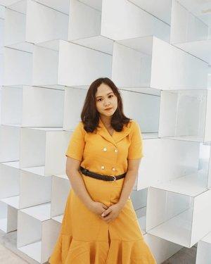 🍊 May today be the fridayest friday that ever fridayed! -- 📸 @flovivi -- #clozetteid #beautybloggers #beautybloggerindonesia #bloggersunitedau #sociollablogger #beautygoersootd #bloggervloggersmg #ootdfashion #ootdblogger #lookbookindonesia #traveltojakarta