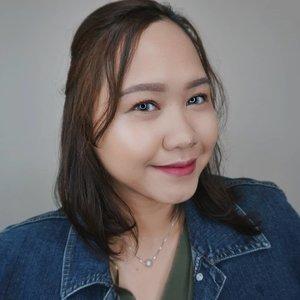 💖GLOWING MAKEUP LOOK--Sudah nonton video tutorial untuk makeup look Auto Glowing ini?Ada dipostingan sebelah yak!--#cchannelbeautyid #ragamkecantikan #koreanmakeuplook #glowingskin #glowingmakeup #meriaswajah #beautybloggerindonesia #beautiesquad #beautygoersid #clozetteid #theshonetbeauty #makeuptutorial