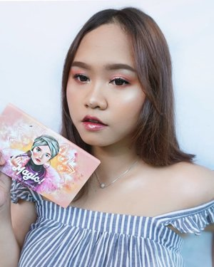 🌟Have you guys watched #niiasquicktutorial video using face palette from @avionebeauty x @inivindy ?Honestly, I was really happy that I bought this product. Not only is the products itself is awesome! But also travel friendly! The color itself also suits my personality, especially the blush on and highlighters!--#clozetteid #avionexinivindy #avionebeauty #magicpaletteinivindy #ragamkecantikan #travelmakeup #tipskecantikan #makeupseharihari #makeuptutorials