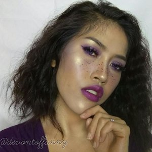 This is my look for #onecolormakeup collab with @atomcarbonblogger  I choose purple for the look.. Hope u like it😊😊 . . . #atomcarbonblogger #kbbvonecolormakeup #onecolormakeup #indonesianbeautyblogger #beautybloggerindonesia #makeupaddict #makeuplover #makeupfreak #wakeupmakeup #makeupideas #makeupinspiration #clozetteid #purplemakeup #makeupgeek #instabeauty #instapic