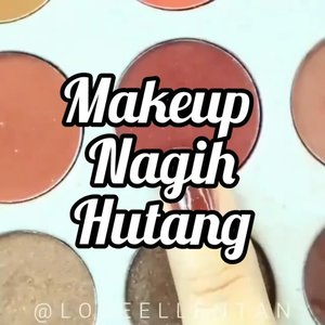 😂 nih klo temen kalian pinjem ga dibalik2in.. .*justforfun.#fdbeauty #clozetteid #universalhairandmakeup #uhmvideo #ivgbeauty #makeupclips #fiercesociety #tampilcantik #wakeupandmakeup #makeuptips #indobeautygram #makeupaddict #amazingmakeupart #lucinda212 #undiscovered_muas #indovidgram #makeupvideo #lagirlindonesia #discover_muas #beautyguruindonesia #beautygram #beautybloggerindonesia #muablora #eotd #discovervideos #nyxcosmeticsid #maccosmetics #glammakeup