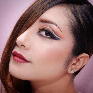 Detail💖  EYES ------------ Eyebrow : @milanicosmetics Stay Put Brow in Brunette @mehronmakeup Paradise @nyxcosmetics Jumbo Eye Pencil in Milk @morphebrushes  35c palette @bhcosmetics Take Mw To Brazil @nyxcosmetics Glam Shadow Fard Glamour - Midnight Express @maybelline  Hyper Glossy Eyeliner Etude House Tear Drop Liner in White Lashes @ratubulumata  FACE ------------ @milanicosmetics conceal and perfect 2in1 foundation +concealer - light biege @lagirlcosmetics Pro HD concealer - natural @nyxcosmetics HD Concealer- yellow @elfcosmetics Blush Palette - Light @thebalmid Mary Lou Manizer & Bahama Mama  LIPS -------- @makeupuccino Nabi Matte Lip Gloss in Red Red  #hudabeauty #vegaz_nay  #clozetteid  #lucinda212 #fdbeauty #eyeshadow #motdindo #maybellineindonesia #nyxcosmetics #lookamillion #makeuplover #wakeupandmakeup #nyxcosmetics #dressyourface #motivescosmetics #makeupaddict #makeupgeek #amazingmakeupart #anastasiabeverlyhills #undiscovered_muas #belajarmakeup #motd #trendycreativity #tutorialmakeup #universalhairandmakeup #bhcosmetics #discover_muas  #fashionandfoundation #eotd