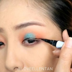 Moon shape eyeshadow.. with pop of teal colour ❤💕..  #fdbeauty #clozetteid #universalhairandmakeup #uhmvideo #ivgbeauty #makeupclips #fiercesociety #tampilcantik #wakeupandmakeup #makeuptips #indobeautygram #makeupaddict #amazingmakeupart #beautyandhairdiaries #undiscovered_muas #indovidgram #makeupvideo #lagirlindonesia #discover_muas #beautyguruindonesia #beautygram #beautybloggerindonesia #muablora #toofaced #discovervideos #nyxcosmeticsid #maccosmetics #glammakeup #makeupforeverid