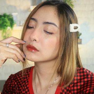 Red lips ... yes 🥰..#fdbeauty #clozetteid  #ivgbeauty #makeupclips #fiercesociety #tampilcantik #wakeupandmakeup #makeuptips #indobeautygram #makeupaddict #amazingmakeupart #maybelline #undiscovered_muas #indovidgram #makeupvideo #lagirlindonesia #beautyguruindonesia #beautygram #beautybloggerindonesia #muablora  #discovervideos #nyxcosmeticsid  #glammakeup #indobeautysquad #jakartabeautyblogger
