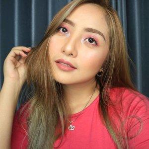 ✨ Simple Pink Look ✨ . Disini aku cuma pakai 1 produk aja untuk mata, pipi dan bibir. Tanpa bulu mata What do you think😁 . .  #eotd #fdbeauty  #clozetteid  #makeupartistworldwide #maybelline  #anastasiabrows #ivgbeauty #makeupclips  #nyxcosmetics #lookamillion #makeuplover #wakeupandmakeup #dressyourface #indobeautygram #makeupaddict #makeupgeek #amazingmakeupart #anastasiabeverlyhills #belajarmakeup  #tutorialmakeup #makeupvideo #beautyguruindonesia #makeuptips  #suvabeauty #beautygram #beautyvlog #hypnaughtymakeup #instamakeup #nyxcosmeticsid