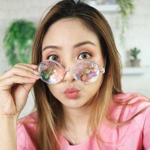 I see u 😁 .... .#fdbeauty #clozetteid  #ivgbeauty #makeupclips #fiercesociety #tampilcantik #wakeupandmakeup #makeuptips #indobeautygram #makeupaddict #amazingmakeupart #maybelline #undiscovered_muas #indovidgram #makeupvideo #lagirlindonesia #beautyguruindonesia #beautygram #beautybloggerindonesia #muablora  #discovervideos #nyxcosmeticsid  #glammakeup #indobeautysquad #jakartabeautyblogger