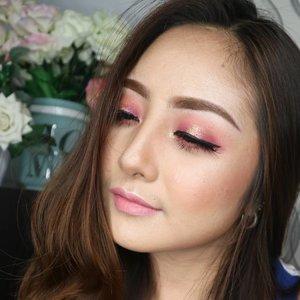 Detail from previous post 😘 I'm still edit the tutorial 😁 stay tune 💖 . . Eyebrow: @kleancolor  Frameous Brow Mascara in Light Brown . EYES : @morphebrushes 35 C Xpert Glitter in Burgundy & Gold @lashnatic in JADE . LIPS : @dermaluzcosmetics In Middlemist . .#eotd #fdbeauty  #clozetteid  #makeupartistworldwide #maybelline  #anastasiabrows #ivgbeauty #makeupclips  #nyxcosmetics #lookamillion #makeuplover #wakeupandmakeup #dressyourface #indobeautygram #makeupaddict #makeupgeek #amazingmakeupart #anastasiabeverlyhills #esqaddicted #belajarmakeup  #tutorialmakeup #makeupvideo #bhcosmetics #makeuptips  #suvabeauty #beautygram #beautyvlog #hypnaughtymakeup #instamakeup