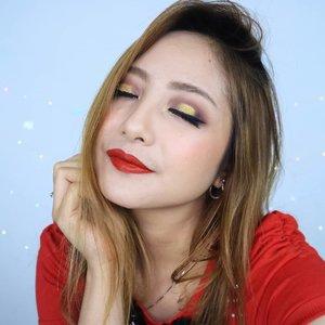 Setor lips merah 👄Cakep banget merahnyaaaaa... @maybelline Super Stay Matte Ink - Groundbreaker💄�. .#fdbeauty #clozetteid #universalhairandmakeup #uhmvideo #ivgbeauty #makeupclips #fiercesociety #tampilcantik #wakeupandmakeup #makeuptips #indobeautygram #makeupaddict #amazingmakeupart #lucinda212 #undiscovered_muas #indovidgram #makeupvideo #lagirlindonesia #discover_muas #beautyguruindonesia #beautygram #beautybloggerindonesia #muablora #eotd #discovervideos #nyxcosmeticsid #maccosmetics #glammakeup #morphe