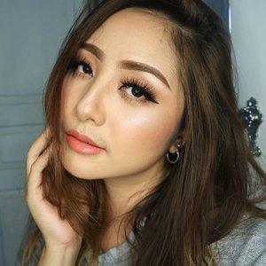 Look at me 😘 . . Favorite Satin Lip Crayon in Poppy Peach from @esqacosmetics 💖 . . .  #eotd #fdbeauty  #clozetteid  #makeupartistworldwide #maybelline  #anastasiabrows #ivgbeauty #makeupclips  #nyxcosmetics #lookamillion #makeuplover #wakeupandmakeup #dressyourface #indobeautygram #makeupaddict #makeupgeek #amazingmakeupart #anastasiabeverlyhills #esqaddicted #belajarmakeup  #tutorialmakeup #makeupvideo #bhcosmetics #makeuptips  #suvabeauty #beautygram #beautyvlog #hypnaughtymakeup #instamakeup
