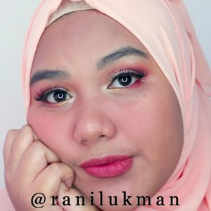 Eyes all using @focallure Burning Palette ❤ Complexion all the same with prev video ✔ Lipcream from @lookecosmetics shades GAIA. Supposed to be burnt orange-yy but turns out pinkish cause of color grading 🤪  @beautiesquad #beautiesquad @setterspace #setterspace @bunnyneedsmakeup #bunnyneedsmakeup @tampilcantik #tampilcantik @hudabeauty #hudabeauty #clozetteid #makeupgeek #makeuptutorial #makeup #makeupartist #makeuptutorials #makeuplook #makeuplife #ramadanmakeup #ramadanlook #focallurepalette #ramadancolor #focallureburning #peachmake #makeupvideo