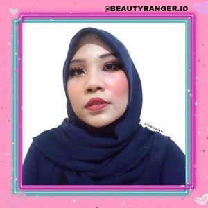#MakeupLookbyTami.Good Bad Makeup Collab with @beautyranger.id 👩🎨 Coba tebak dulu lah sisi mana yang 'Good' dan sisi mana yang 'Bad' 😆👌 Tapi ini versi aku ya btw~ Kalau menurut kalian yang bagus itu alis seperti sinchan dan pakai foundie terlalu terang, ya silahkan. Aku sih no🤭.Mau liat versi makeup lainnya, langsung swipe aja ya👉.#BeautyRanger #BeautyRangerCollab #RangerGoodBadMakeup #clozetteid