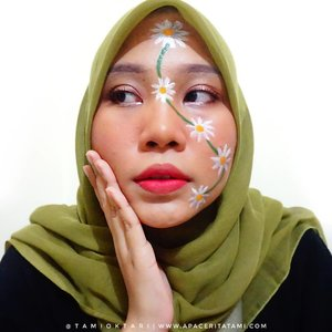 #MakeupLookbyTami kali ini tentang #DaisyMakeup 👩‍🎨🌼.Products i used🌼 @focallure Fluif Foundation 04 Natural🌼 @riveracosmetics Eyebrow Matic Brown🌼 @latulipecosmetiques_ Contour Kit Medium🌼 Okalan Take Me Home 32 Color Palette Eyeshadow🌼 @beautycreations.cosmetics Palette Irresistible🌼 @minisoindo Ultra Thin Eyeliner🌼 @wardahbeauty Mascara🌼 @latulipecosmetiques_ Cherk & Lip Peach🌼 @marckscosmeticind Bedak Tabur Natural Beige🌼 @ltpro_official Shade & Tint Kit 02🌼 @viva.cosmetics Body Painting White, Green & Yellow🌼 @lookecosmetics Holy Lipcream shade Hebe🌼 @peripera_official Peri's Ink Velvet 10 Oppss Fuchsia.Inspired by @geminiblush & @cassperalta.#Beautiesquad #BeautygoersID #kbbvfeatured #RangerRatjun #BeautyRangerID #beautybloggerindonesia #pkubeautyblogger #indobeautysquad #bloggerceria #JBBFeatured #beautysecretsquad #indonesiabeautyblogger #HijabersBeautyBVlogger #bloggirlsid #setterspace #bloggerperempuan #bloggermafia #clozetteid