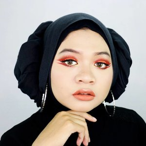 Happy Chinese New Year 🎉🏮 Wishing you a happy and prosperous new year 🙏 __ #fotd #motd #eotd #makeup #beauty #hijaber #hijabstyle #hijabstyleindonesia #clozetter #clozetteid #CNY2018#cny#chinesenewyear