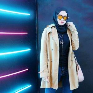 Happy weekend ✨ . . #ootd #glamfashion #streetstyle #훈녀 #옷스타그램#패션 #데일리 #hijab #fashion #styleinspiration #hijabootdindo #hijabootdindo #edgystyle #fashioninspo #fashioninfluencer #clozetteid