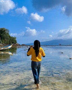 Edisi kangen jalan-jalan.. 🏝  #travel #nature #sea #lifestyle #landscape #beach #beautybloggerid #influencersby  #sbybeautyblogger #beautefemmecommunity #indonesia #travelgram #photography #travelphotography #일상 #clozetteid