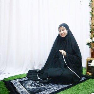 happy Jummah Mubarak!premium mukena from @mukena.amalia , too cute 💕—#MukenaPremium #jummahmubarak #clozetteid