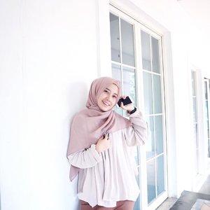 good morning from depan ruko orang 😋@suqmaid #iwearSUQMA #clozetteid #hijabootd #hijaboutfit #hijabootdindo